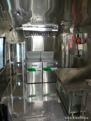Mobile Kitchen Build Outs S L Customs Food Truck Fiesta A Real