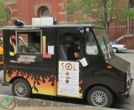 Richmond Food Truck Tracker